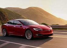 Tesla sprzedaje więcej Modelu S niż Mercedes i BMW swoich flagowych limuzyn