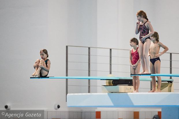 Zdjęcie numer 1 w galerii - Zatoka Sportu. Zawody w skokach do wody [PIĘKNE ZDJĘCIA]