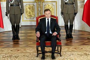 Obni�enie wieku emerytalnego w Sejmie. Ni�sze emerytury i dewastacja finans�w [30.11.2015]