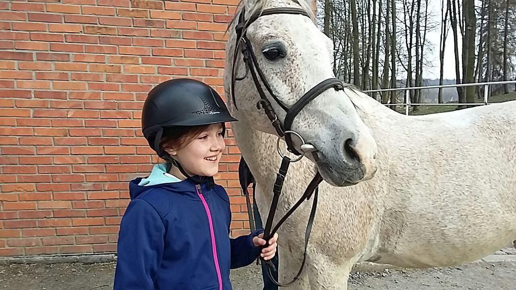 Iga uwielbia jeździć konno (fot. archiwum prywatne)