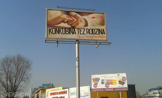 Ten billboard płocczanie oglądają na Podolszycach Północ