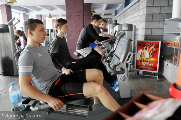 Żużlowcy Włókniarz podczas treningu w Strefie Fitness