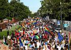 Czy prezydent powinien brać udział w paradzie równości i uroczystościach religijnych?