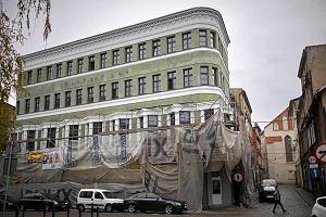 Zabytkowy dom handlowy Hansa Haus pi�knieje [ZDJ�CIA]