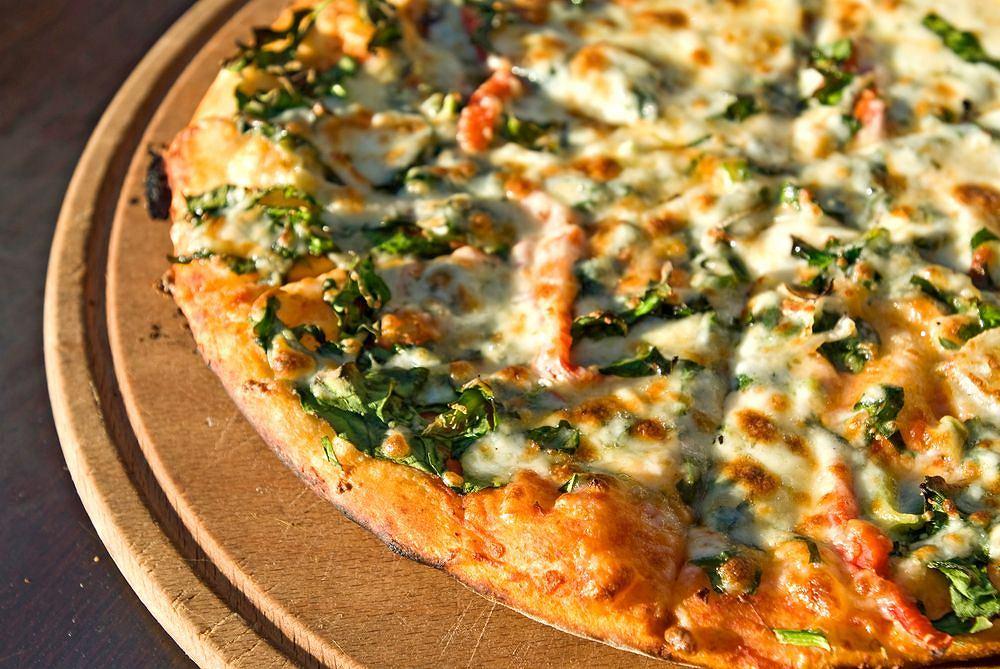 Neapol - stolica pizzy, lod�w i... Camorry