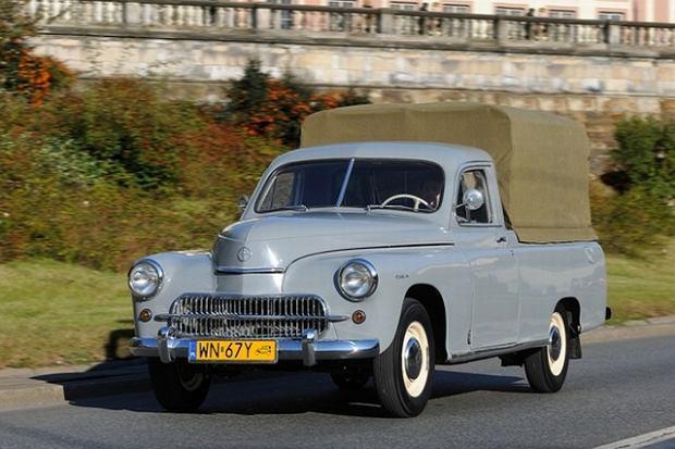 Warszawa Pick-up - pierwszy powojenny polski samochód użytkowy