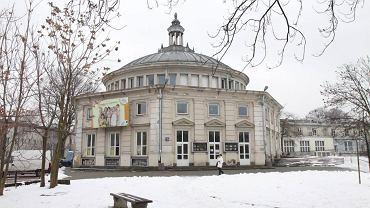 Dom kultury przy ul. Próchnika na Żoliborzu od dwóch lat jest zabytkiem