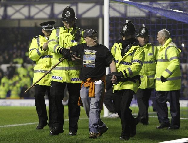 Protest podczas meczu Everton - Manchester City