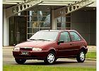 MAZDA 121 96-02, rok produkcji 1996, coupe, widok przedni lewy, samoch�d 3-drzwiowy, kolor bordeaux (czerwony ciemny)