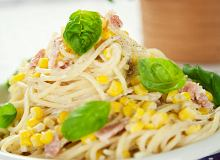 Spaghetti z kukurydz� i boczkiem - ugotuj