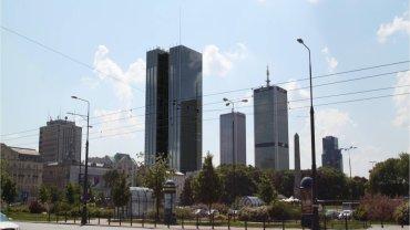W centrum Warszawy b�dzie jeszcze wi�cej wie�owc�w. A dwa istniej�ce zostan�... podwy�szone