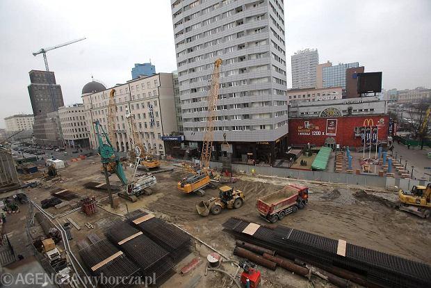 Plac budowy stacji metra �wi�tokrzyska