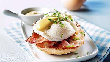 Eggs Benedict - jajka z sosem holenderskim