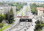 """""""Lecha Kaczyńskiego już trochę w mieście za dużo"""". Co mieszkańcy sądzą o zmianach nazw ulic?"""
