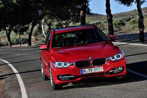BMW tuż za plecami Mercedesa