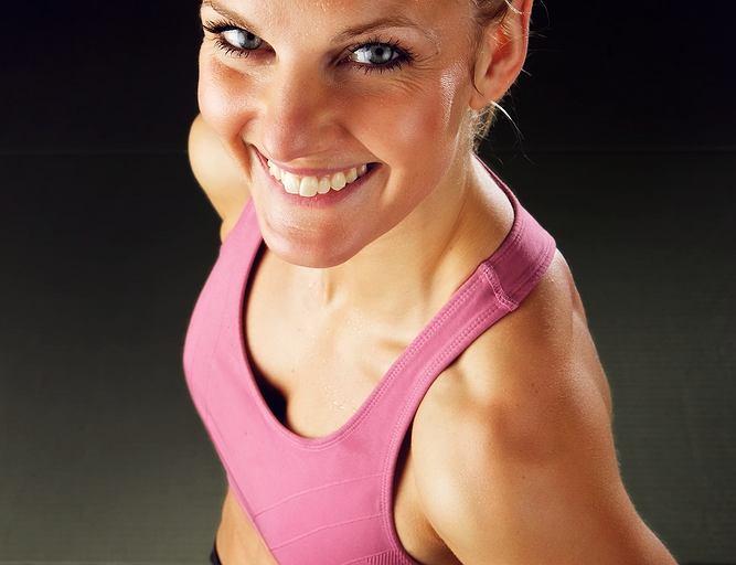 Biustonosz sportowy to podstawa podczas treningu!