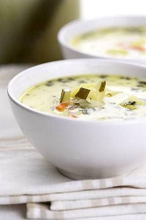 Zupa og�rkowa z ziemniakami