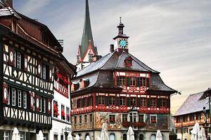 Podr�e Marze�. Szwajcaria - z zamku na zamek