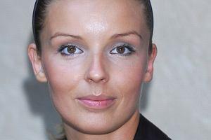 Agnieszka W�odarczyk nie mo�e dogada� si� z mam�