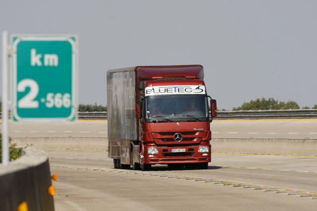 Mercedes-Benz Actros bijący rekord zużycia paliwa