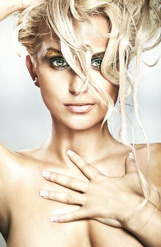 wypadanie włosów podczas menopauzy