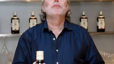 Jim Murray w trakcie degustacji