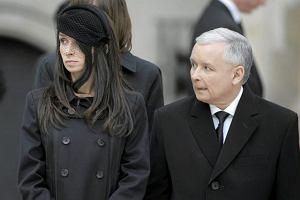 Szefowa sztabu Kaczy�skiego: Marta zbli�y�a si� do stryja, stanie za nim