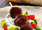 Menu dnia z turecką sałatką i szaszłykami