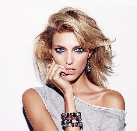 Anja Rubik ambasadorka biżuterii Beads Collection firmy Apart