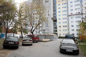 Chcą postawić dziesięciopiętrowy blok tuż obok ich domu
