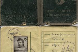 Tajemnicze znalezisko w szafce: po��k�a koperta