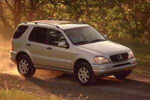 Mercedes ML (1997-2005) - opinie Moto.pl