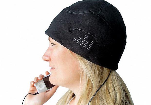 iHat czapka i wbudowane głośniki oraz możliwość podłączenia do dowolnego playera