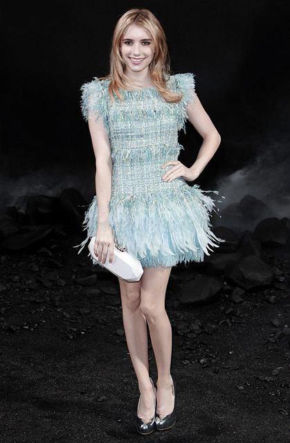 3a677ddeca7cf Emma Roberts na pokazie Chanel w Paryżu