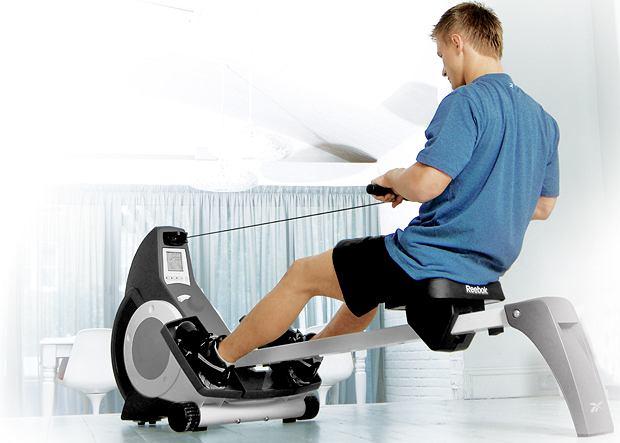 Fitness w domu: co kupić i jak ćwiczyć