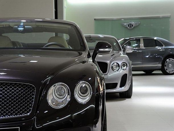 Nowy salon Bentleya w Warszawie