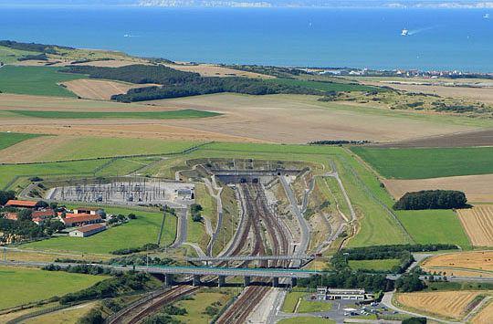 2. Eurotunel, Wielka Brytania-Francja