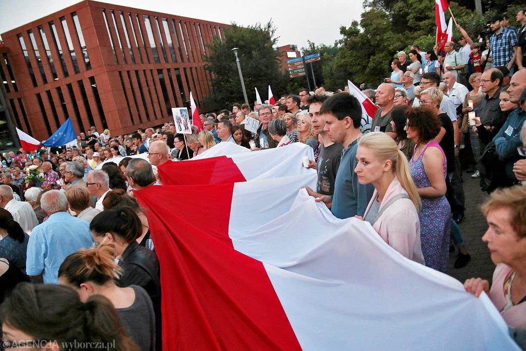 Zdjęcie numer 3 w galerii - Andrzej Duda był niemiłosiernie upokarzany. Teraz na serio zaczął walkę o reelekcję w 2020 r.