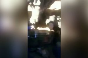 Prawdopodobnie odnaleziono ciało pilota rosyjskiego bombowca. Drastyczne zdjęcia z Syrii