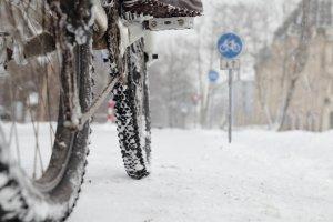 Kupujemy rower na zim� - na co zwr�ci� uwag�