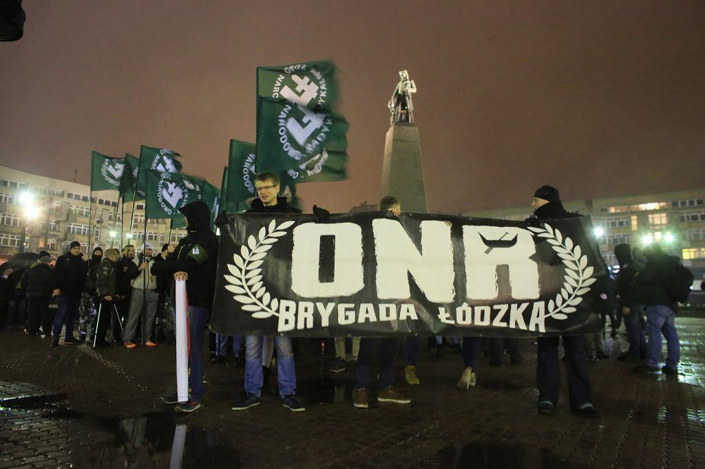 Marsz ONR w Łodzi, grudzień 2016 (fot. Marcin Wojciechowski / Agencja Gazeta)