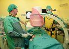Zobacz, jak operują bez rozlewu krwi i skalpela [INFOGRAFIKA]