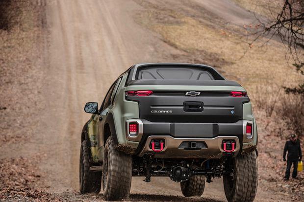 Chevrolet Colorado ZH2. Wojskowy samochód z ogniwami wodorowymi