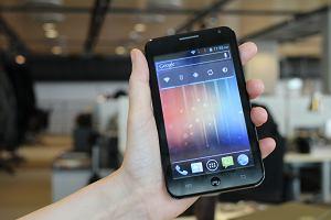 """Mamy GoClever Fone 500: dwie karty SIM, Android, 5"""" i bardzo niska cena. Czego chcecie si� o nim dowiedzie�?"""