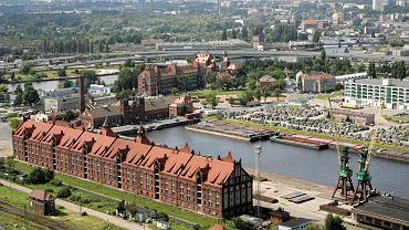 Port w Szczecinie. Dawny port wolnocłowy na współczesnym zdjęciu