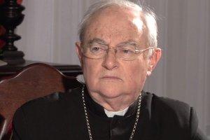 Abp Hoser: Ko�ci� zdradzi� Jana Paw�a II. Praktyka duszpasterska nie posz�a za jego g�osem
