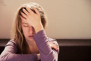 Mgła mózgowa: taka choroba nie istnieje, ale zespół dolegliwości - owszem. Co to i kiedy występuje?
