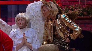 Anja Rubik i Robert Biedroń w skeczu 'SNL Polska'. Cały odcinek do obejrzenia na Showmaxie