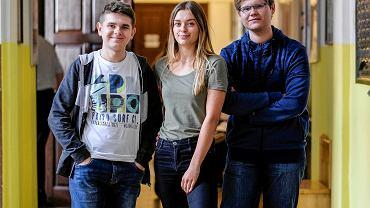 Dominik Eryka Darek uczniowie klasy 3B o profilu humanistyczno - prawnym w II LO w Rzeszowie, którzy w tym roku po raz pierwszy będą brać udział w wyborach