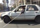Wideo | Remi Gaillard znowu szaleje | Niewidomy kierowca na ulicy